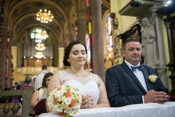 ceremonia zaślubin, kościół
